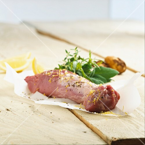 Pork fillet, lemon zest, herbs and potatoes