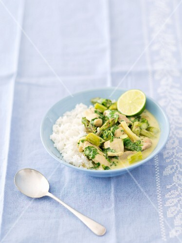 Chicken curry with asparagus and rice (Thailand)