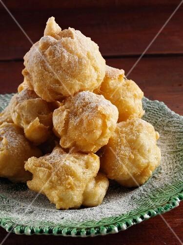 Zeppole (Italian beignets)