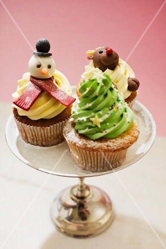 Various Christmas cupcakes