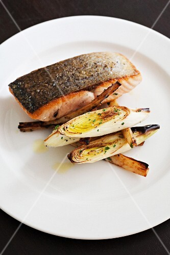 Salmon fillet with leek and parsnips