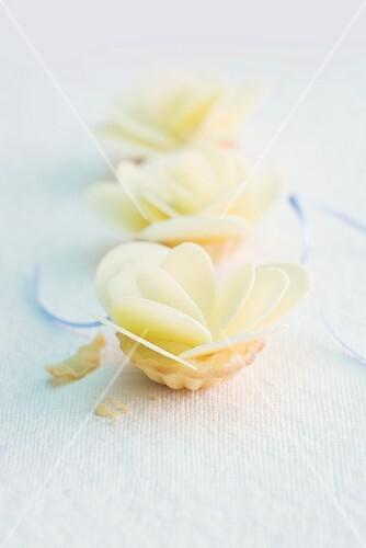 Flower tartlets