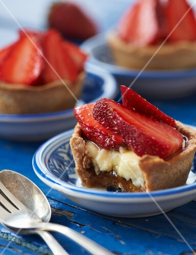 Strawberry and vanilla tartlets