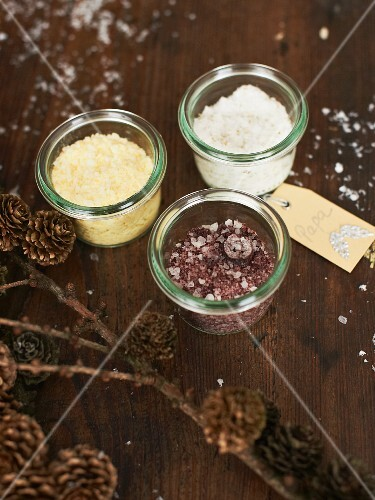 Various spiced salts as Christmas presents