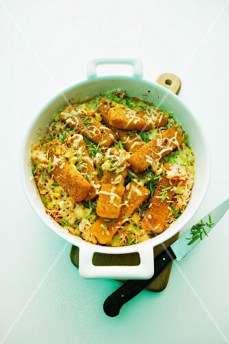 Rice bake with fish fingers