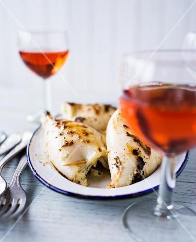 Stuffed, grilled calamari with wine