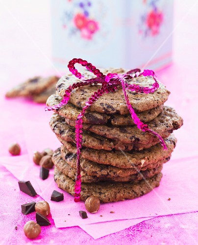 Chocolate and hazelnut cookies