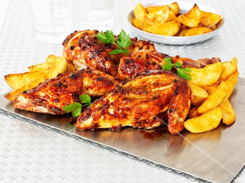 Sticky chicken with chips (England)