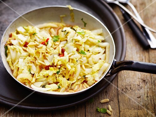 Chinese cabbage with chilli and raisins