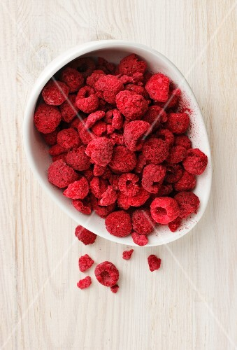 A bowl of freeze-dried raspberries (seen from above)