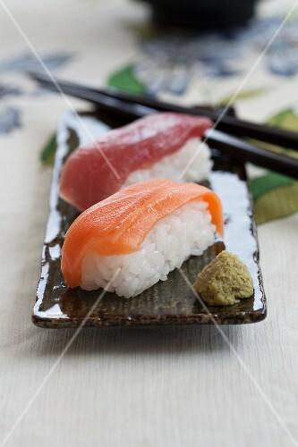 Nigiri sushi with salmon and tuna