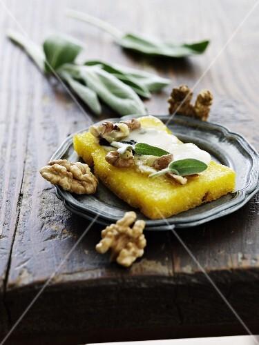 Polenta with walnuts, Gorgonzola and sage