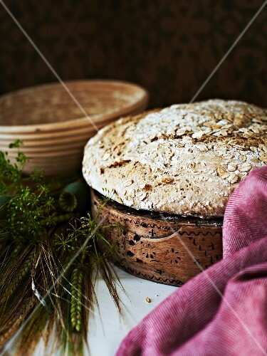 A round loaf of oat bread
