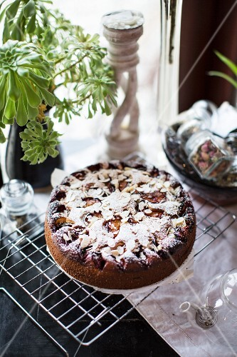 Ricotta and almond cake with plums