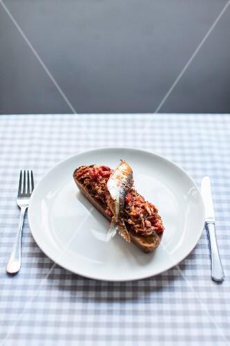 A sardine on toast
