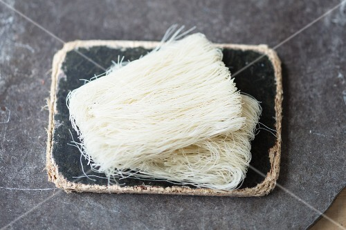 Uncooked rice noodles