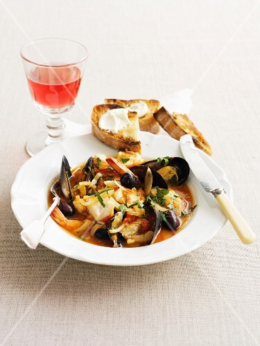 Seafood stew with fennel and olives