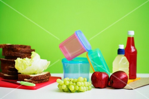 Arrangement featuring food for a lunchbox