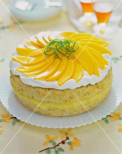 Mango tart with lime zest