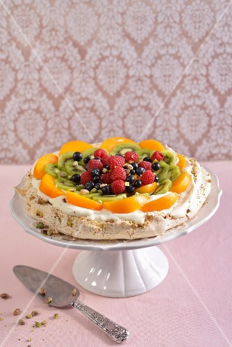 A colourful fruit Pavlova