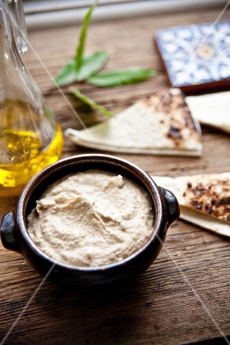 Cannellini bean dip with roasted unleavened bread