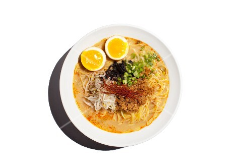 Miso ramen noodle soup with pork, bean sprouts, spring onions, mushrooms and egg (Japan)