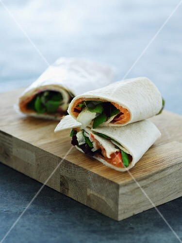 Smoked salmon and vegetable wraps