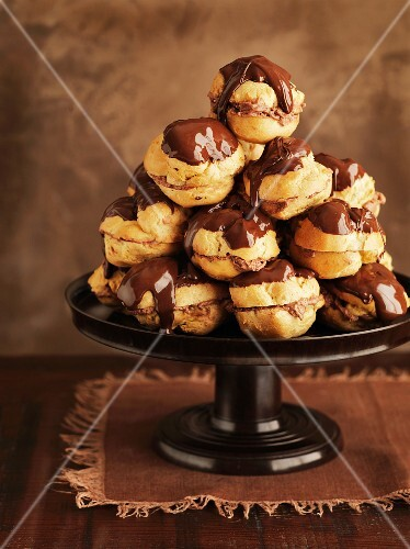 A stack of profiteroles