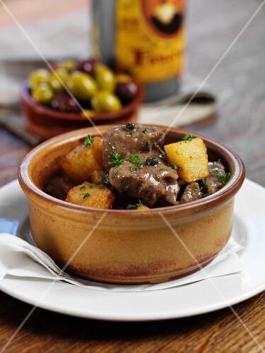 Cordero en salsa (lamb stew, Spain)