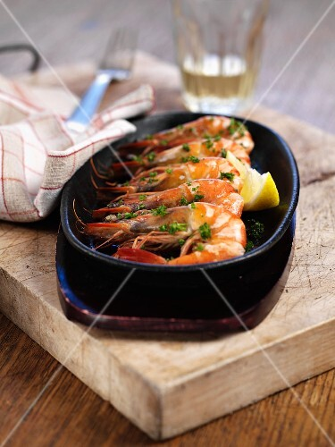 Scampi with herbs and lemons (Spain)