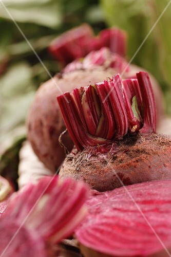Beetroots, leaves cut off and halved
