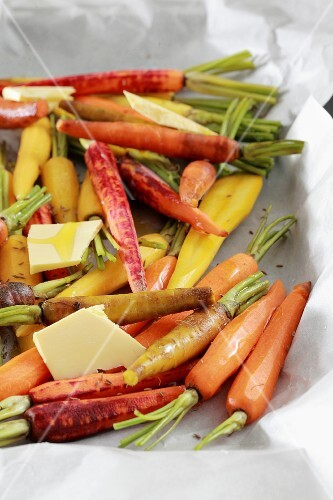 Oven-roasted carrots with cumin and white wine