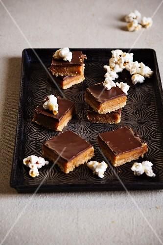 Caramel slices with salted caramel popcorn