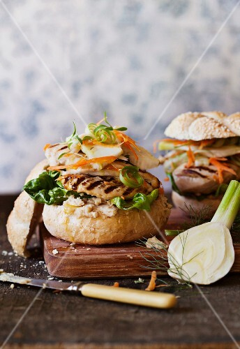 Chicken burgers with fennel, celery and orange coleslaw