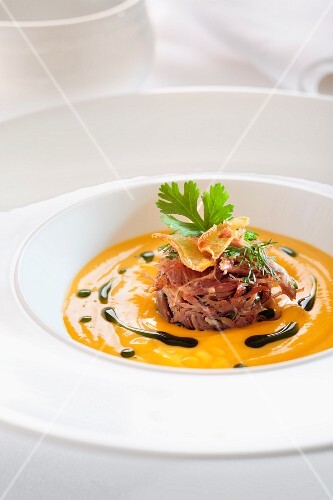 Duck in pumpkin cream