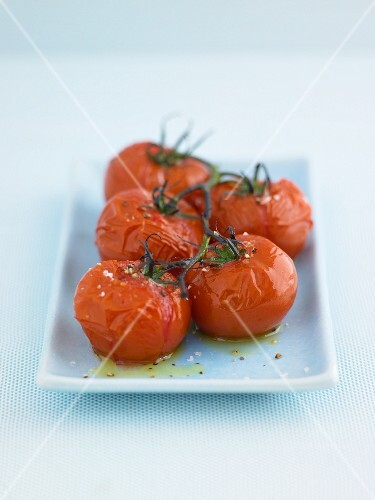 Roasted tomatoes with salt and olive oil