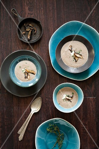 Chestnut soup with mushrooms and thyme