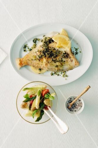Fried plaice with asparagus salad