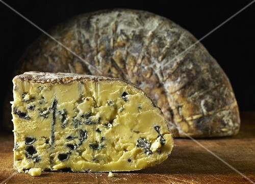 Barkham Blue blue cheese from England