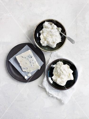 Ricotta, cream cheese and gorgonzola