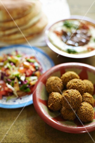 Falafel, salad, unleavened bread and hummus (North Africa)
