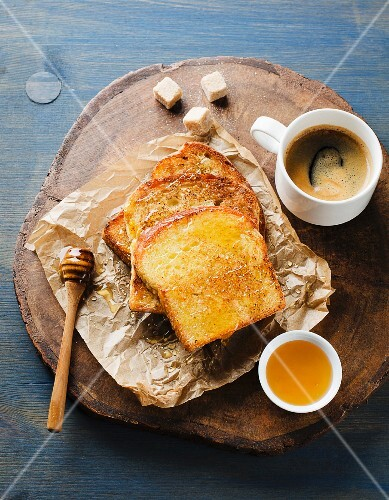 French toast with honey served with coffee
