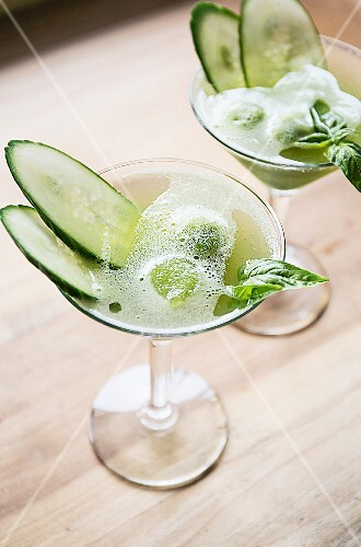 Cucumber and basil cocktail with sorbet