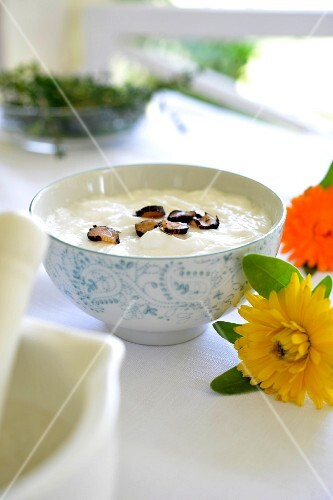 Cream with marigolds and comfrey root