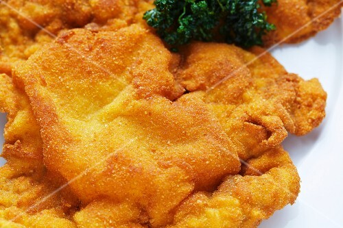 Viennese escalope with parsley (close-up)