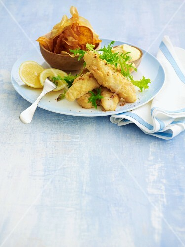 Tempura fish fillets with aioli and vegetable crisps