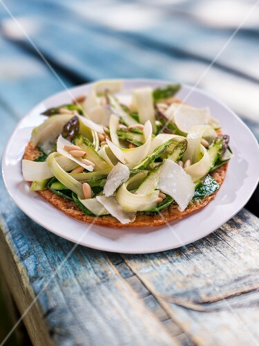 Vegetable tart with Parmesan and pine nuts