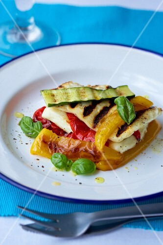 Fried vegetables with grilled cheese