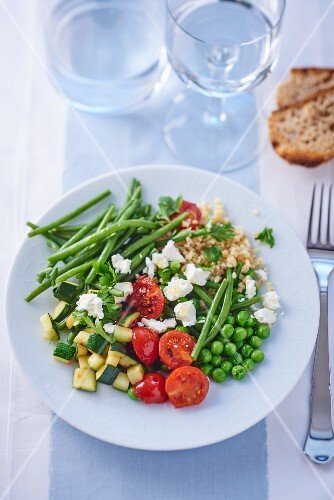 Vegetable salad with feta
