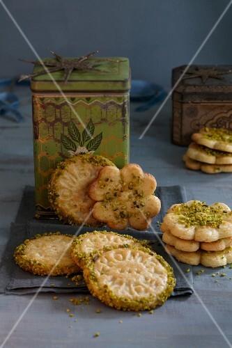 Pistachio nut biscuits